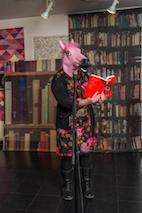 pink horse reading QL